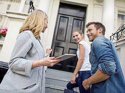 Working with REALTORS® to Sell your Home